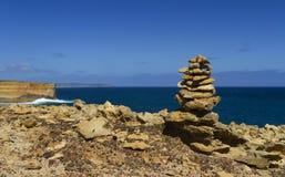 Пирамида из камней скалы Стоковая Фотография