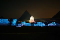 Пирамида и сфинкс Гизы, звук и свет показывают, Каир, Египет Стоковые Фото