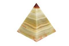 Пирамида оникса на изолированной предпосылке стоковое фото rf