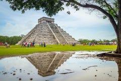 Пирамида Kukulkan в Chichen Itza, Юкатане Стоковые Фото