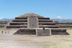пирамидки Мексики teotihuacan Стоковая Фотография