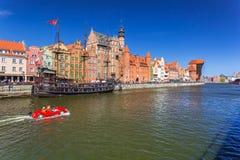 Пиратский корабль и исторический порт вытягивают шею на реке Motlawa Стоковые Изображения