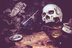 Пираты и сокровище Стоковые Изображения RF