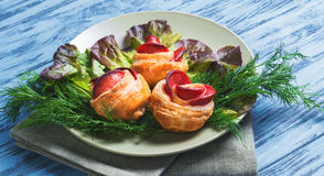 пироги с салями сосиски Стоковые Изображения
