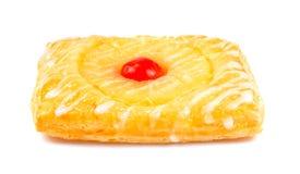 Пирог ананаса, датское печенье плодоовощ изолированное на белой предпосылке стоковое изображение rf