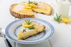 Пирог лимона с розмариновым маслом Стоковое Изображение