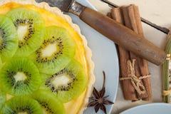Пирог и специи пирога кивиа Стоковое Изображение RF