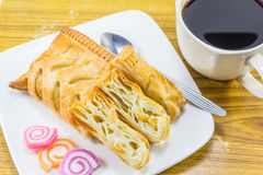 Пирог и чашка кофе мозоли Стоковое Изображение RF