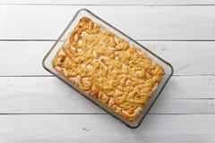 Пирог песка с завалкой и меренгой лимон-апельсина Стоковая Фотография