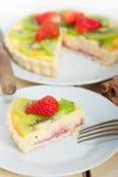 Пирог пирога кивиа и клубники Стоковое Изображение