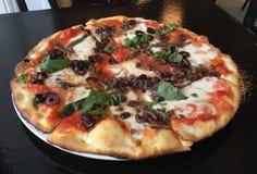 Пирог пиццы Margherita Стоковое Изображение RF