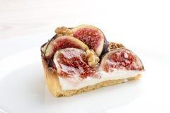 Пирог со смоквой со сливк сыра стоковая фотография rf