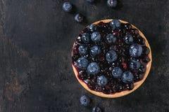 Пирог с голубиками стоковые изображения