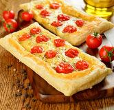 Пирог с томатами сыра и вишни Стоковая Фотография