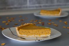 Пирог тыквы 2 кусков традиционный Стоковое Фото
