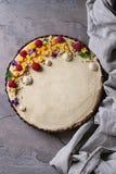 Пирог шоколада с манго и полениками Стоковая Фотография RF