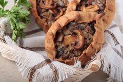 3 пирожка с champignons и луками Стоковая Фотография RF