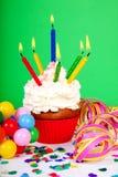 Пирожне дня рождения с сериями свечек Стоковые Изображения RF
