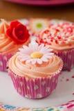 пирожне дня рождения стоковое фото