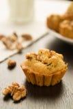 Пирожное с грецкими орехами Стоковые Изображения RF