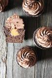 Пирожное шоколада с вилкой Стоковые Фото