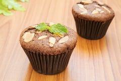 Пирожное шоколада с миндалиной стоковые изображения