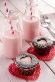 Пирожные выреза сердца дня валентинок Стоковые Изображения
