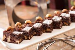 Пирожные гайки шоколада стоковое изображение