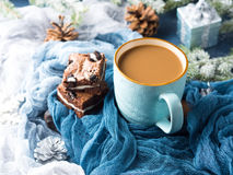 Пирожные и кофе плавленого сыра с молоком Стоковое Изображение