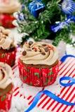 Пирожные рождества - пирожное шоколада с замораживать buttercream Стоковые Изображения RF