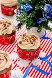 Пирожные рождества - пирожное шоколада с замораживать buttercream Стоковое Изображение RF