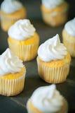 Пирожные с сливк швейцарского merinque Стоковое Изображение RF