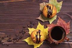 Пирожные с шоколадом и кофе Стоковая Фотография RF