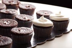 Пирожные шоколада изысканные - взгляд со стороны Стоковые Изображения