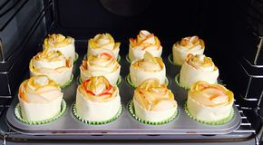 Пирожные Яблока испекут стоковые изображения rf