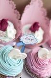 Пирожные для валентинки Стоковые Изображения