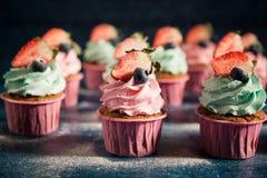 пирожня ягод cream Стоковое Фото
