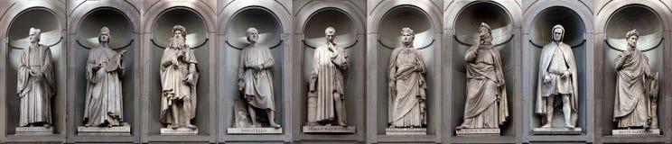 Писатели художников ренессанса галереи статуй известные, Uffizi, Флоренс, Италия Стоковое Фото