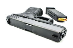 Пистолет и кассета. Стоковые Фотографии RF
