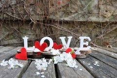 Письма говоря вне влюбленность по буквам слова Стоковое Фото