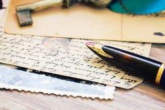 Письма ручки и антиквариата Quill Стоковые Фотографии RF