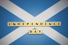 Письма с Днем независимости текста на национальном флаге Шотландии Стоковые Фотографии RF