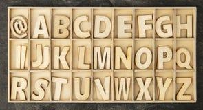 письма toy деревянное стоковые фото