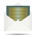 Письмо золота и раскрытый белый конверт Стоковая Фотография RF