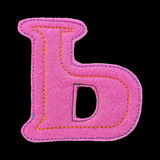 Письмо кириллического алфавита сделанного из изолированного войлока на черноте Стоковое фото RF