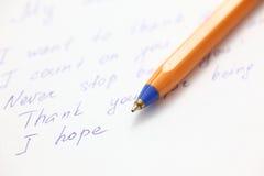 Письмо сочинительства к другу Стоковое Изображение