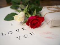 Письмо с Я ТЕБЯ ЛЮБЛЮ стоковое изображение