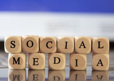Письмо Dices принципиальная схема: Социальные средства Стоковая Фотография RF