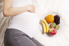 Питание беременных женщин Стоковые Изображения RF