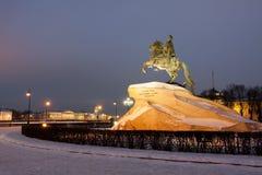 Питер большой памятник в зиме, бронзовый наездник, Санкт-Петербург Стоковые Фото